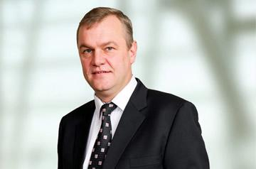 In addition to the R1.1 billion cash injection, Aveng CEO Kobus Verster noted the retention of 30 percent of Dimopoint created opportunities for collaboration with Collins Group in South Africa as well as elsewhere in Africa.