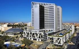 The hotel which towers high above the city, is situated in the centre of the city, providing easy access to Setif's new tram line and Setif International Airport just 20 minutes' drive away.